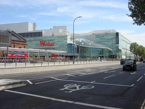 Westfield London, centro de compras y algo más